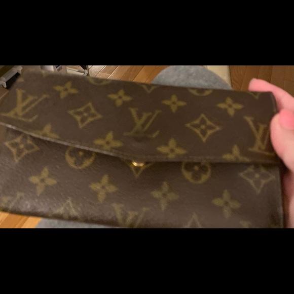 Louis Vuitton Handbags - Louis Vuitton Vintage Wallet - Monogram